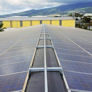 Horizontales Schienensystem ALTIRAIL bei VERTIC auf Photovoltaikanlage