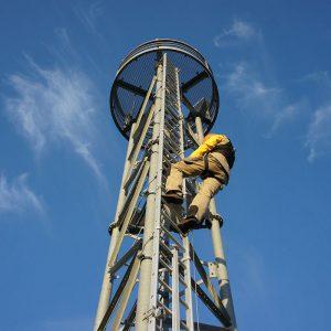 Vertikale Absturzsicherungssysteme